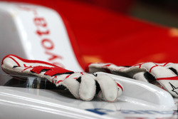 gloves, Jarno Trulli, Toyota Racing
