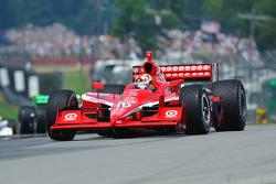 Pace lap: Dan Wheldon