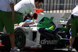 Jenson Button, Honda Racing F1 Team ve yeni köpek balığı kanatlı motor kapağı