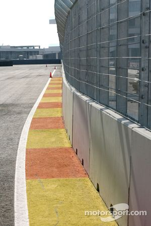 Track detay, fence