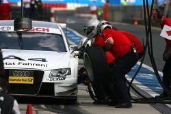 Pitstop of Tom Kristensen, Audi Sport Team Abt, Audi A4 DTM