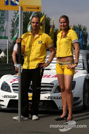 The grid couple of Susie Stoddart, Persson Motorsport AMG Mercedes, AMG Mercedes C-Klasse