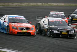 Timo Scheider, Audi Sport Team Abt, Audi A4 DTM, overtakes Mathias Lauda, Persson Motorsport AMG Mercedes, AMG Mercedes C-Klasse