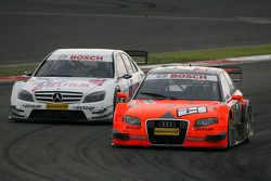 Christijan Albers, TME, Audi A4 DTM, leads Susie Stoddart, Persson Motorsport AMG Mercedes, AMG Mercedes C-Klasse