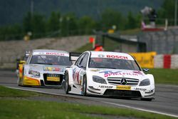 Susie Stoddart, Persson Motorsport AMG Mercedes, AMG Mercedes C-Klasse, leads Oliver Jarvis, Audi Sp