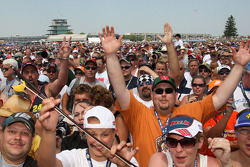 Fans at the Charlie Daniels Band concert