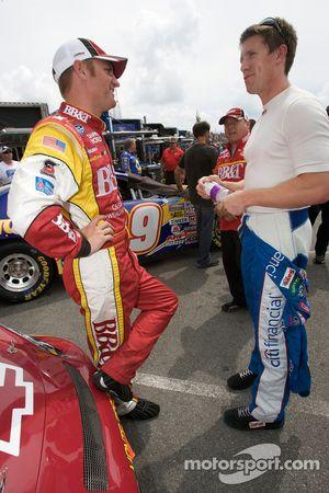 Clint Bowyer et Carl Edwards