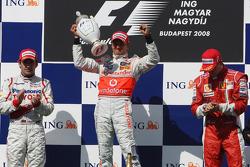 Podium: Sieger Heikki Kovalainen, 2. Timo Glock, 3. Kimi Räikkönen