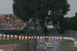 Pace car out as the weather deteriorates