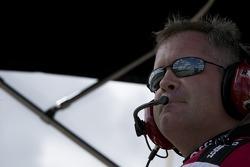 Carl Edwards crew chief Bob Osborne