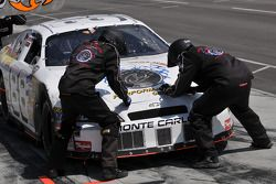 Pitstop for Jamie Dick