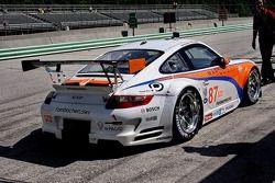 #87 Farnbacher Loles Porsche 911 GT3 RSR: Dirk Werner, Richard Westbrook, Bryce Miller