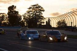 #10 SunTrust Racing Pontiac Dallara: Max Angelelli, Michael Valiante, #01 Chip Ganassi Racing with F