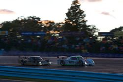 #59 Brumos Racing Porsche Riley: Joao Barbosa, JC France, #61 AIM Autosport Ford Riley: Brian Frisse