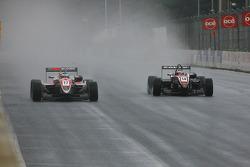 #17 Roberto Merhi (Hitech Racing Dallara-Mercedes); #14 Erik Janis (Mücke Dallara-Mercedes)