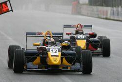 Mika Maki Mucke Dallara-Mercedes, Brendon Hartley Carlin Motorsport Dallara-Mercedes