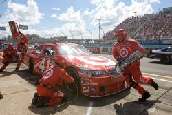 Pit stop for Reed Sorenson