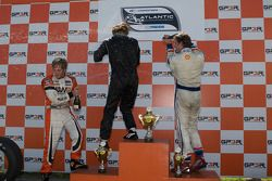 Podium: champagne for Jonathan Bomarito, Jonathan Summerton and Junior Strous