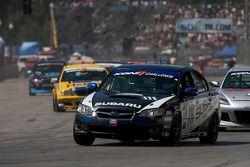 Pace lap: #111 ICY/ Phoenix Racing Subaru Legacy: Chuck Hemmingson, Kristian Skavnes