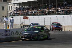 #33 Kinetic Motorsports BMW 330: Lee Davis, Russell Smith