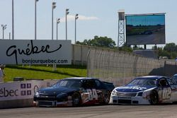 Start: J.R. Fitzpatrick and Kerry Micks battle for the lead