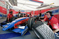 iSport International team practice pit stops