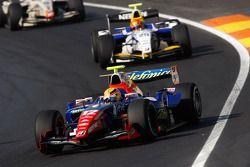Giorgio Pantano leads Diego Nunes