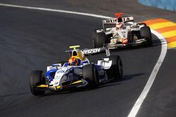 Diego Nunes leads Vitaly Petrov
