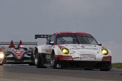 #18 VICI Racing Porsche 911 GT3 RSR: Nicky Pastorelli, Marc Basseng