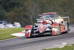#1 Audi Sport North America Audi R10 TDI: Emanuele Pirro, Dindo Capello