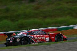 Motul Autech GT-R : Michael Krumm, Masataka Yanagida, Dominik Schwager