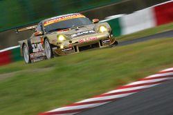 Yunker Power Taisan Porsche : Nobuteru Taniguchi, Shinichi Yamaji, Keita Sawa