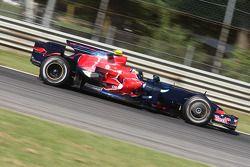 Себастьян Феттель, Scuderia Toro Rosso, STR03