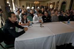 Detroit Grand Prix media almuerzo en el Club de yates de Detroit: Helio Castroneves, Danica Patrick,