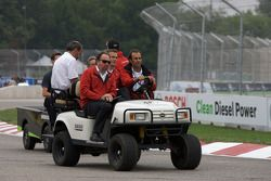 Track inspection: Emanuele Pirro and Marcel Fassler