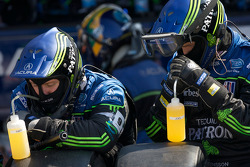 Patron Highcroft Racing team members ready for a pit stop