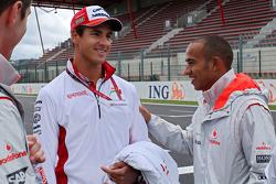 Adrian Sutil, Force India F1 Team and Lewis Hamilton, McLaren Mercedes
