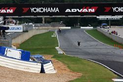 Front straight