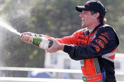 DP podium: Oswaldo Negri celebrates