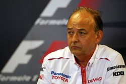 Conferencia de prensa FIA: John Howett, Toyota Racing, Presidente TMG