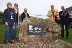 Monumento ceremonia de Paul Frere contó con Bernie Ecclestone, Presidente y Director Ejecutivo de Formula One Management