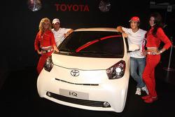Timo Glock, Toyota F1 Team ve Jarno Trulli, Toyota Racing ve Toyota IQ