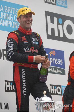 Fabrizio Giovanardi about to spray the champagne