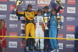 Podium Race 2, Tom Coronel, Sun Red SEAT Team, SEAT Leon FSI, Felix Porteiro, BMW Team Italy-Spain,