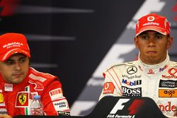 Conferencia de prensa posterior calificación: ganador de la pole Lewis Hamilton, segundo lugar Felipe Massa