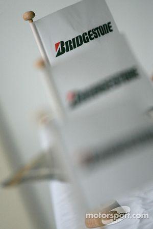 Le logo Bridgestone
