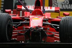 wrecked Ferrari, Kimi Raikkonen kaza sonrası last lap