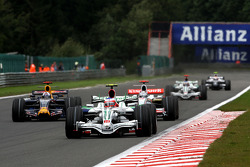 Rubens Barrichello, Honda Racing F1 Team, RA108 leads David Coulthard, Red Bull Racing, RB4 and Adrian Sutil, Force India F1 Team, VJM-01
