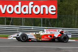 Giancarlo Fisichella, Force India F1 Team with a damaged car