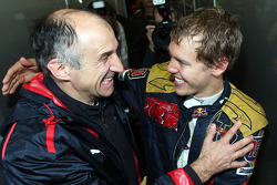 Franz Tost, Scuderia Toro Rosso, Team Principal celebrates with Sebastian Vettel, Scuderia Toro Rosso